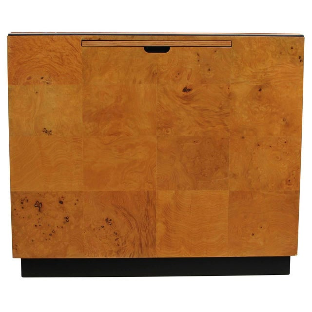 Henredon 1970s Burl Executive Desk by Henredon For Sale - Image 4 of 7