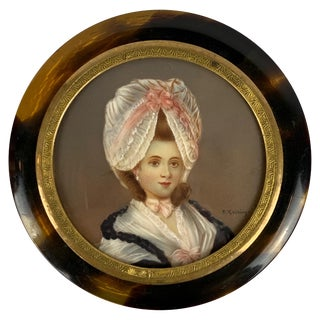 Round Snuff Box with Miniature Portrait of a Lady For Sale