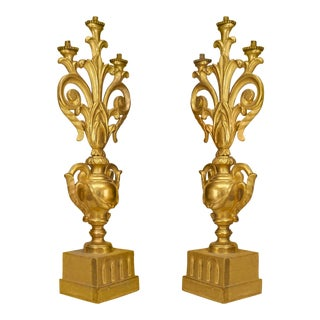 A Fine Pair of Italian Rococo Gilt Wood Candelabras For Sale