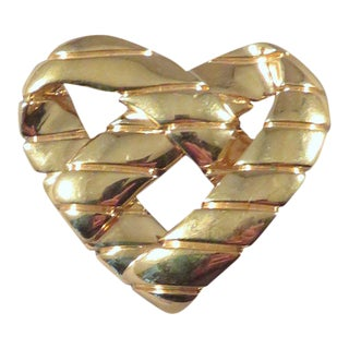 Vintage St. John Gold Twisted Heart Brooch For Sale