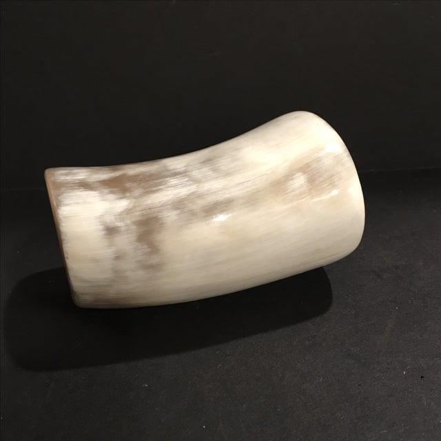 Ox Horn Brush Holder - Image 4 of 9