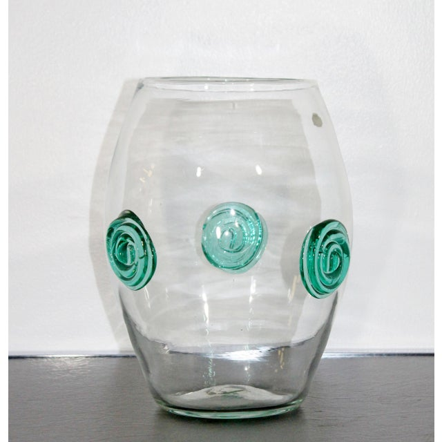 Blenko Mid-Century Modern Clear Handcrafted Glass Vase For Sale In Detroit - Image 6 of 6