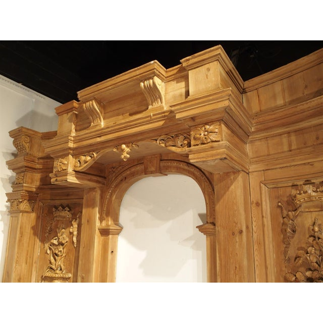 A Large and Unique Antique French Boiserie Section with Covered Alcove, 17th Century Elements For Sale In Dallas - Image 6 of 11