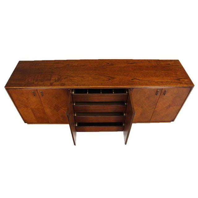 Mid-Century Modern Mid-Century Modern Walnut Dresser Credenza w/ Multiple Compartments and Drawers For Sale - Image 3 of 9
