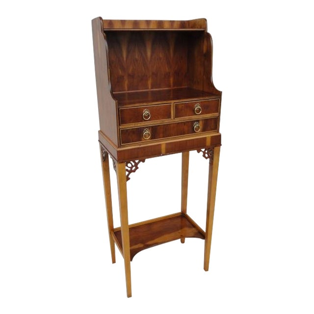 Baker Furniture Small Entryway Console Table Cabinet For Sale