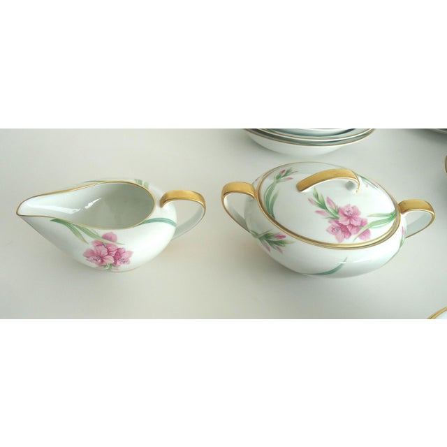 Noritake Gladiola Flowers Dinnerware - Set of 55 For Sale - Image 5 of 6