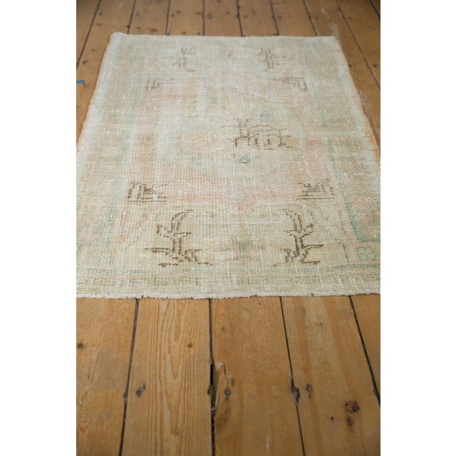 "Shabby Chic Vintage Distressed Oushak Rug - 2'9"" X 4'1"" For Sale - Image 3 of 8"