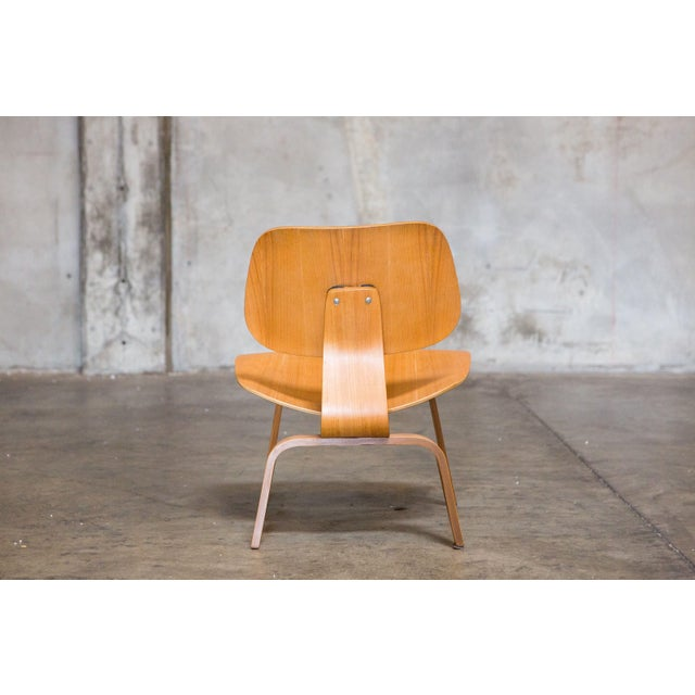 Eames Bentwood Low Chair - Image 5 of 6