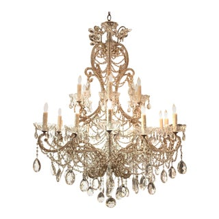 Early 20th Century Italian Beaded Crystal 18-Light Chandelier For Sale