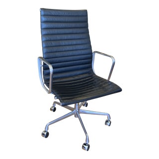 Modern Eames High Back Leather Aluminum Group Chair For Sale