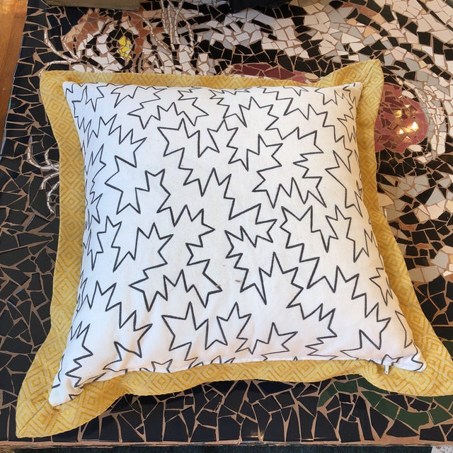 Early 21st Century Jim Thompson Embroidered White Linen Pillows- 2 pc. For Sale - Image 5 of 8