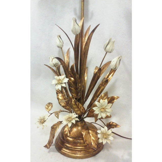 Italian Gilt Tole Lamp With Daisies and Tulips - Image 3 of 6