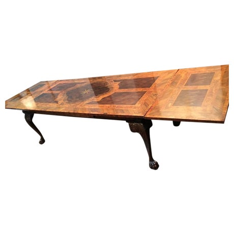 English George III Marquetry Extendable Dining Table For Sale
