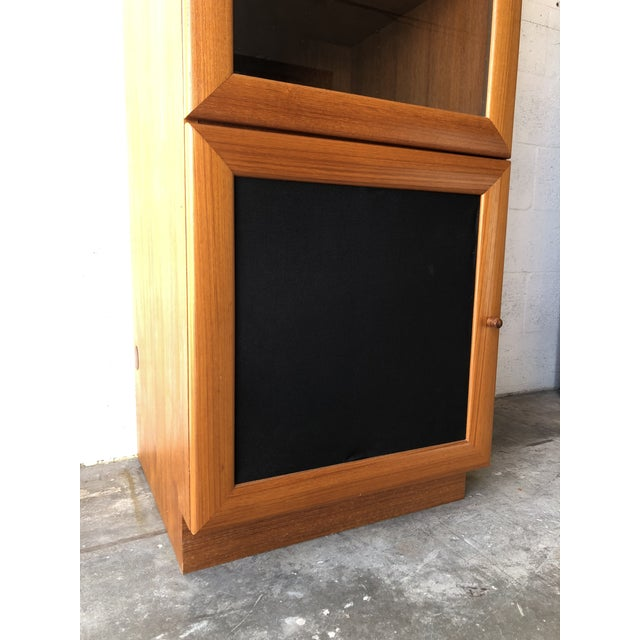Vintage Danish Modern Style Curio China Display Cabinet. For Sale - Image 10 of 13