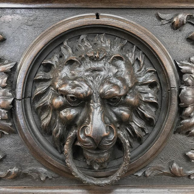 Sculpting 19th Century Italian Renaissance Commode For Sale - Image 7 of 13