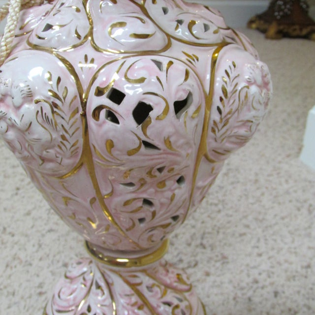 Vintage Italian Pink and Gold Capodimonte Table Lamp With Shade For Sale - Image 4 of 12