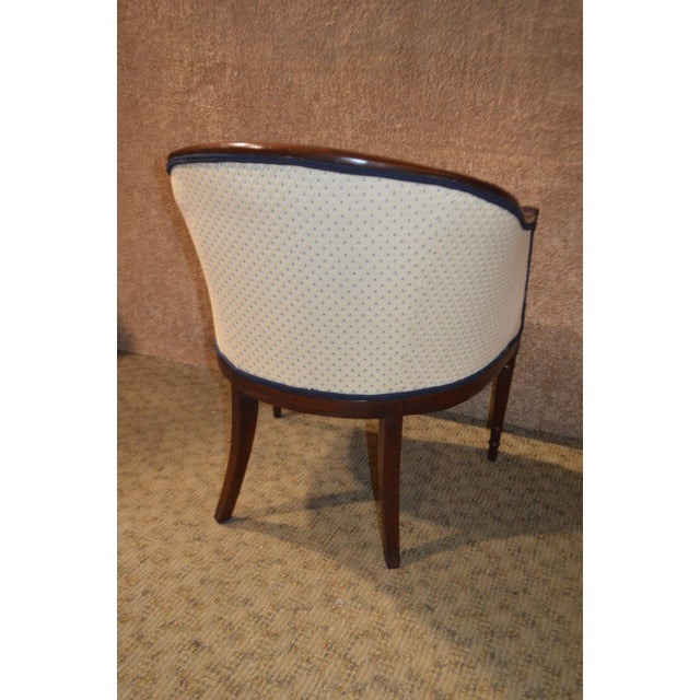 Vintage Sheraton Style Inlaid Mahogany Barrel Back Accent Chair For Sale - Image 9 of 13