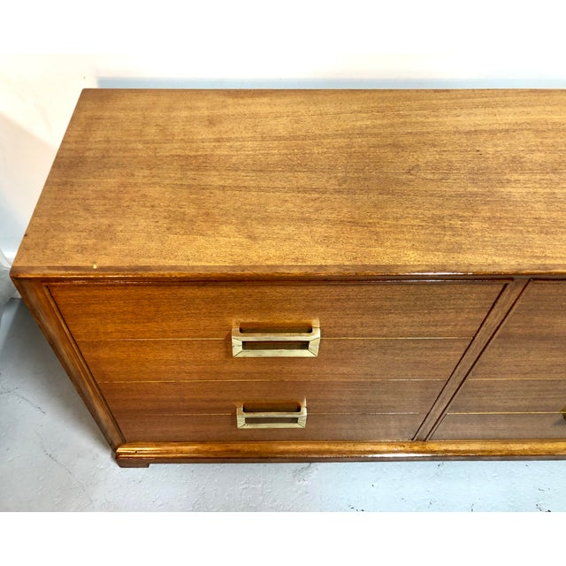 Mid-Century Modern Mid Century Modern 8-Drawer Mahogany Dresser by Red Lion For Sale - Image 3 of 13