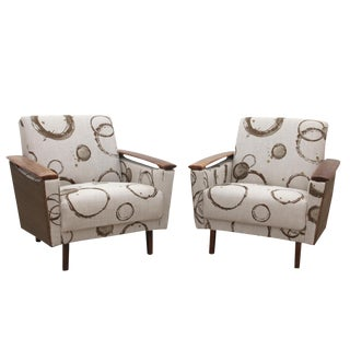 Kravet Upholstered Mid Century Modern Armchairs - a Pair For Sale
