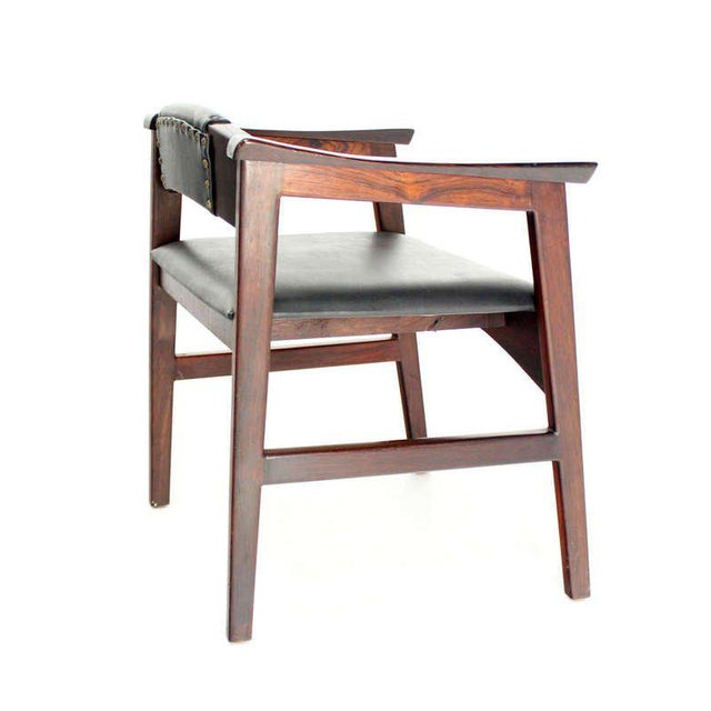 Mid-Century Modern 1960s Vintage Danish Mid-Century Modern Rosewood Dining Chairs - Set of 4 For Sale - Image 3 of 11