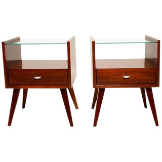 Pair of Mid-Century Modern Nightstands by Mengel For Sale