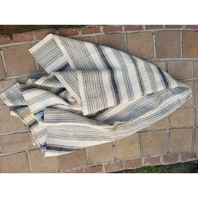 Hand Spun Black Stripe Linen Throw - Image 6 of 7