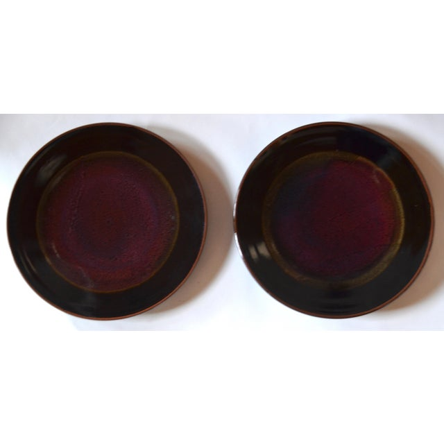 1980s Eight Gorgeous Dinner Plates by Berkeley Studio Artist Gary Holt For Sale - Image 5 of 11