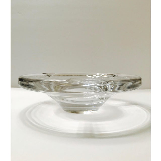 Gorgeous large and heavyweight cigar ashtray or decorative bowl in handblown crystal. Ashtray has modernist circular for...