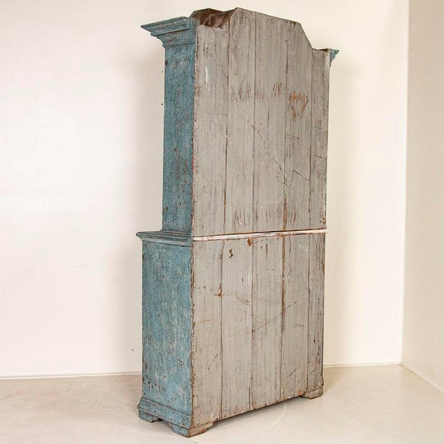 Antique Blue Painted Bookcase Display Cabinet From Sweden For Sale - Image 4 of 13