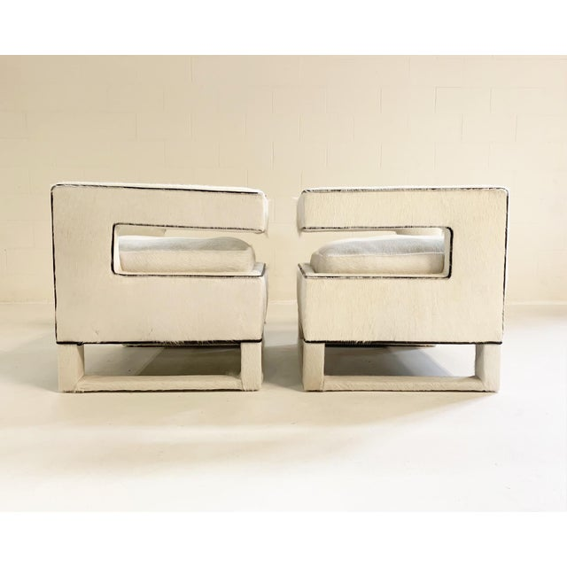 20th Century Modern Cube Lounge Chairs in Brazilian Cowhide - a Pair For Sale - Image 4 of 12