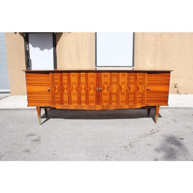 Gold 1940s Art Deco Exotic Macassar Ebony Sideboard / Buffet For Sale - Image 8 of 13