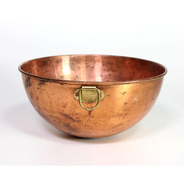 Mid-Century Modern 1970s French Copper Nesting Bowls With Brass Hanging Handles - Set of 3 For Sale - Image 3 of 7