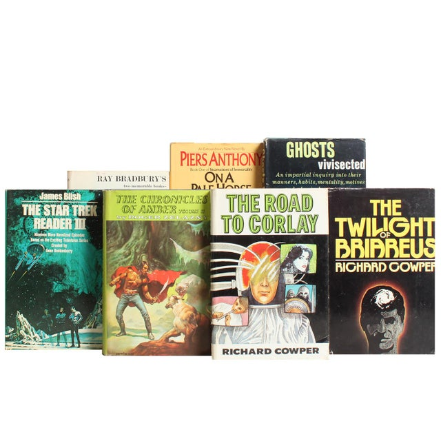 Sci Fi Dustjacket Book Mix - Set of 25 - Image 2 of 2
