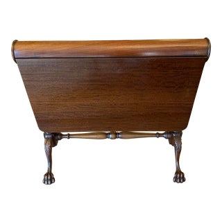 Antique Mahogany Folding Table With Lions Paw Feet For Sale