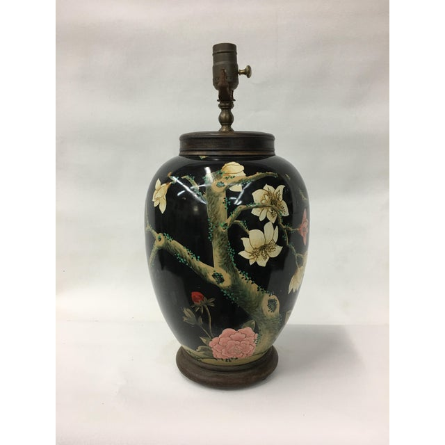 Asian 1970's Handpainted Swallows & Lotus Flower Lamp For Sale - Image 3 of 4