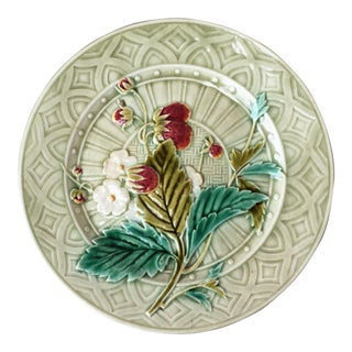 1880 Antique Sarreguemines Majolica Strawberries Plate For Sale