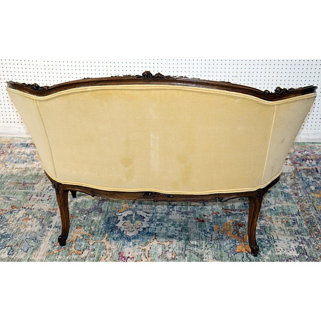 Louis XV Style Carved Walnut Tapestry Settee For Sale - Image 4 of 11