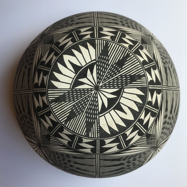 Acoma Pueblo Pottery Polychrome Bowl Signed Chino For Sale In Boston - Image 6 of 13