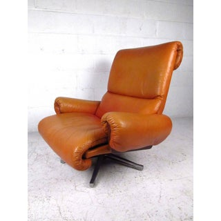 Pair of Vintage Rosewood and Leather Swivel Lounge Chairs Preview