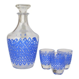 70s French Diamond Decanter and 3 Shooter Glasses - Set of 5 For Sale