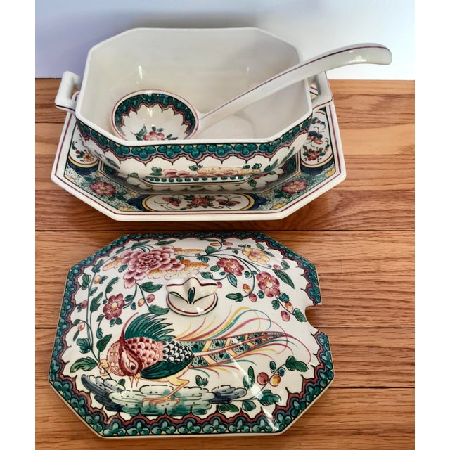Hand Painted Ceramic Lidded Tureen With Under Plate & Ladle For Sale In Chicago - Image 6 of 12