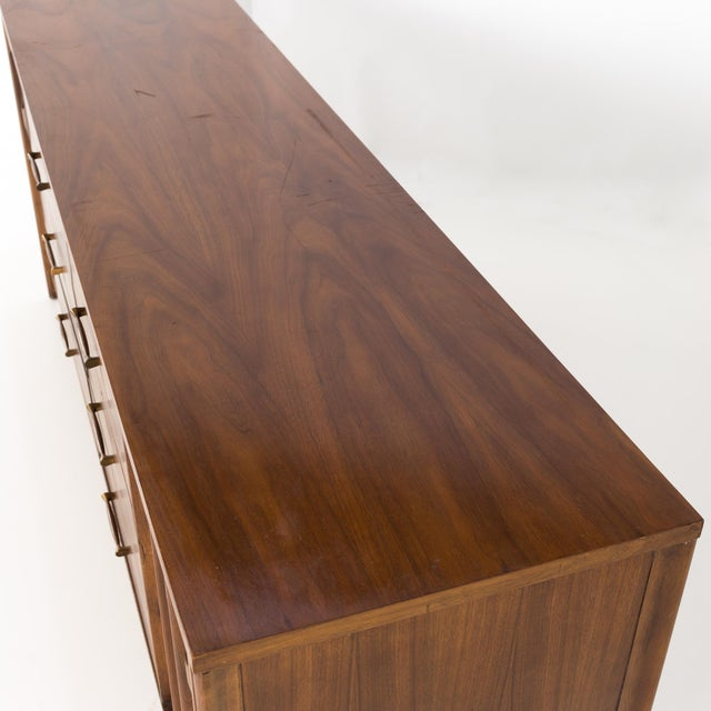 1960s Mid-Century Modern Kent Coffey Perspecta 12 Drawer Walnut and Rosewood Lowboy Dresser For Sale - Image 12 of 13