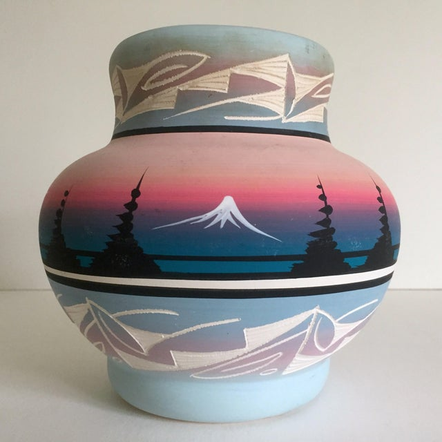 Vintage Signed Navajo Native American Pink Mesa Sunset Hand Painted Pottery Vase For Sale - Image 10 of 11