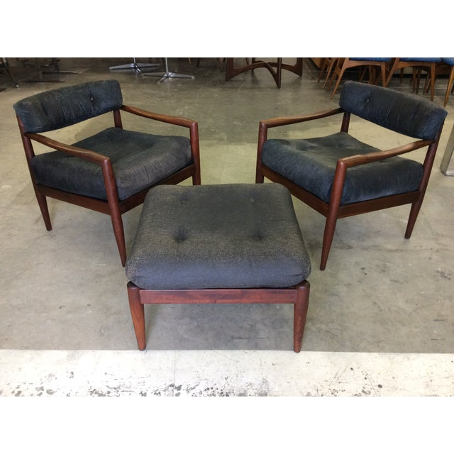 Great pair of Adrian Pearsall for Craft Associates walnut low back lounge chairs and ottoman. Walnut frames are in great...