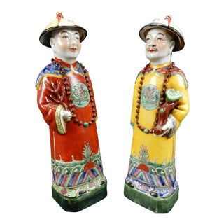 Circa 1900 Antique Chinese Famille Rose Statues - A Pair For Sale