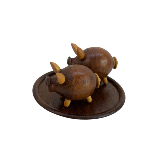 Brown Handmade Walnut Pig Salt & Pepper Shakers on Tray For Sale - Image 8 of 9