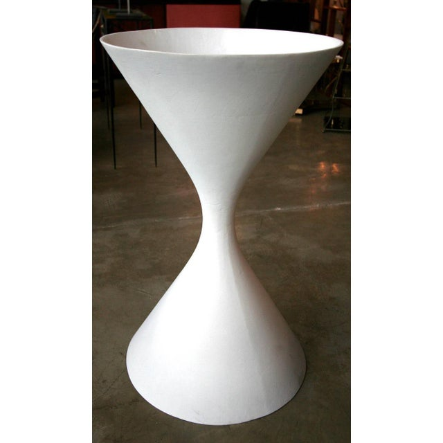 Diabolo Planters by Willy Guhl for Eternit For Sale In Los Angeles - Image 6 of 6