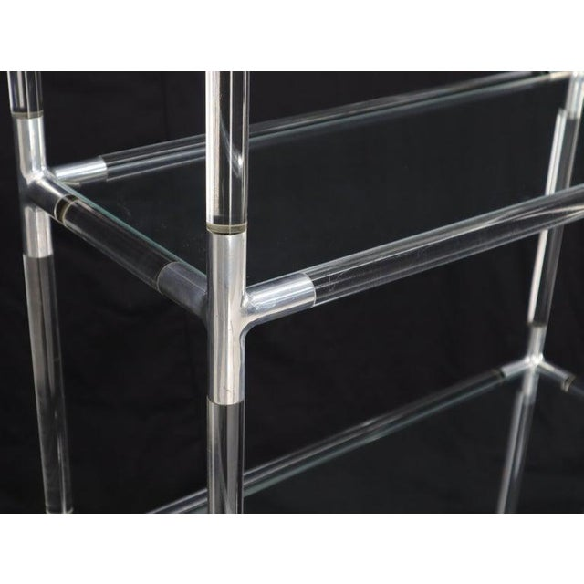 Charles Hollis Jones Lucite and Aluminum Mid-Century Modern 5-Tier Etagere Vitrine Shelving Unit For Sale - Image 4 of 13