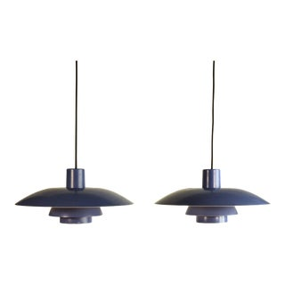 Pair of Mid-Century Danish Modern Design Lavender Pendants Ceiling lamps Model PH4/3 by Poul Henningsen for Louis Poulsen, 1960s