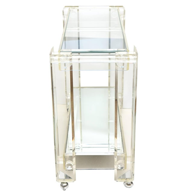 1970s Modern Lucite Mirrored and Glass Two-Tier Bar Cart or Trolley For Sale In Miami - Image 6 of 10